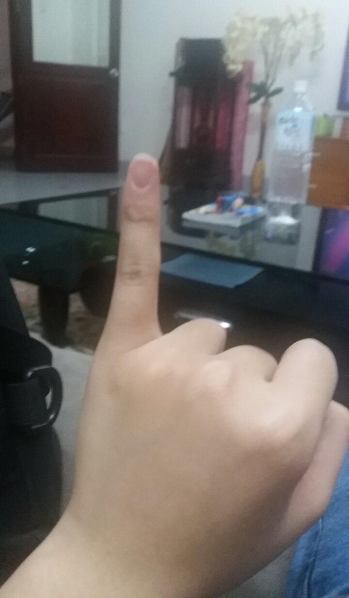 My Gf Com pickit - my gf finger :d